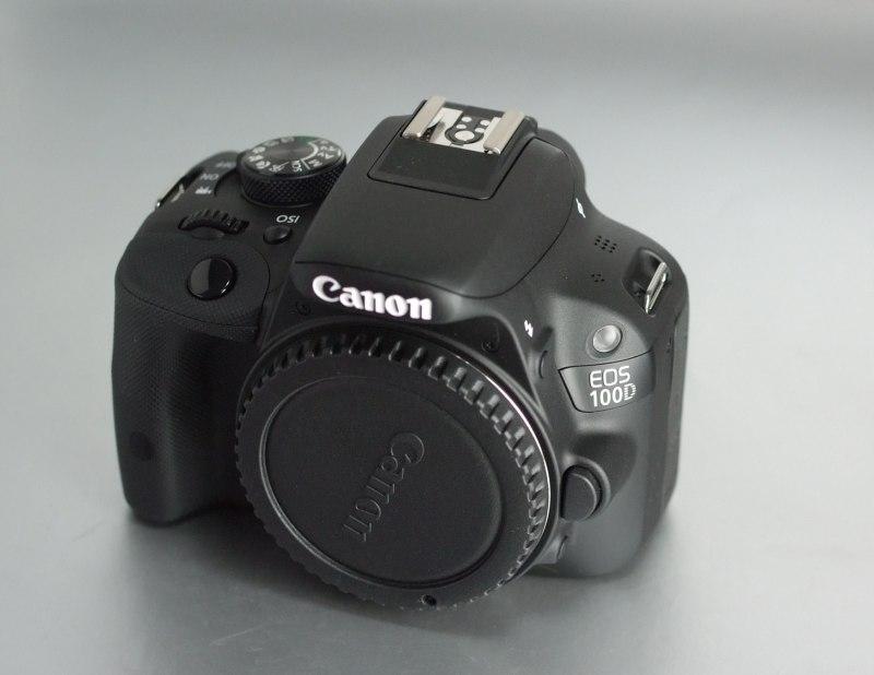 Canon 100D záruka do 3/2018