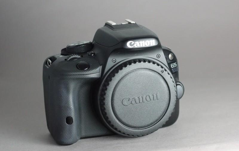 Canon 100D TOP STAV