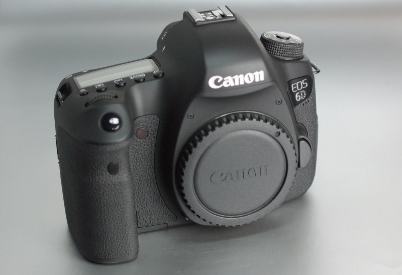 Canon 6D záruka do 7/2019