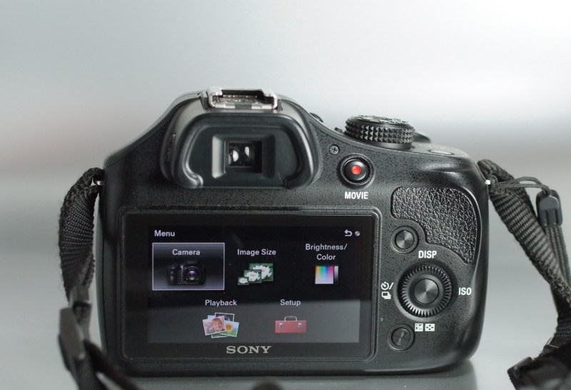 Sony A3500 + 18-55mm