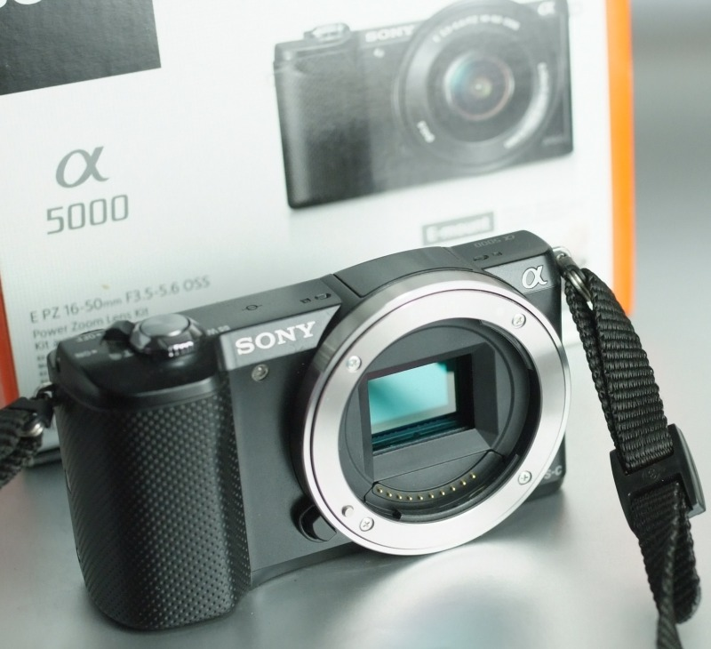 Sony Alpha A5000 Záruka do 10/2018