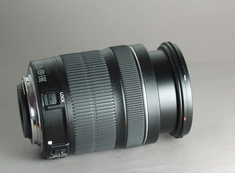 Canon EF-S 18-135mm f/3,5-5,6 IS STM záruka 5/2017