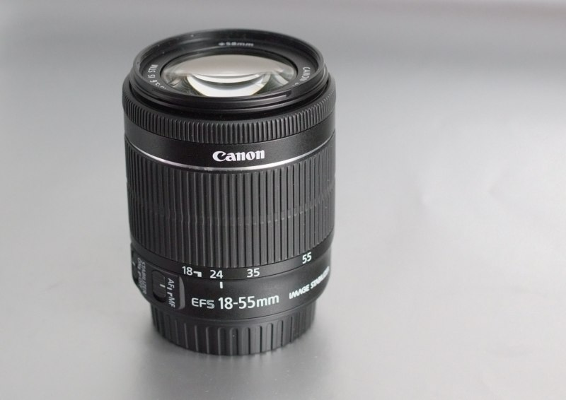 Canon EF-S 18-55mm f/3,5-5,6 IS STM záruka 3/2018