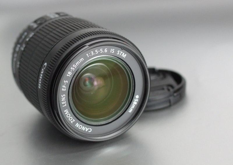 Canon EF-S 18-55mm f/3,5-5,6 IS STM záruka 3/2018