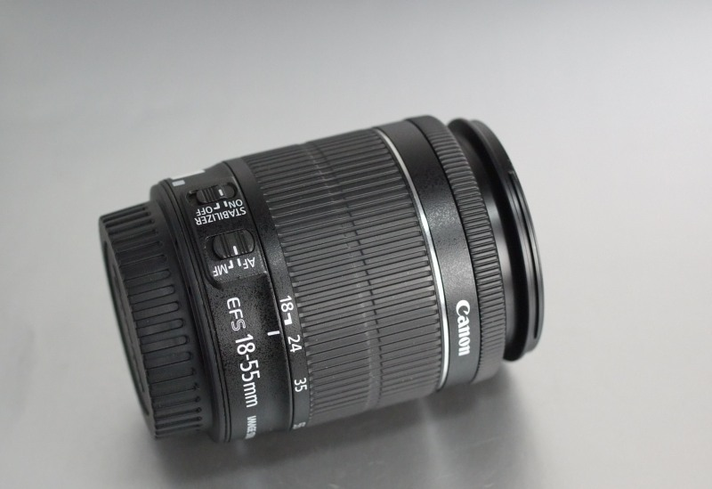 Canon EF-S 18-55mm f/3,5-5,6 IS STM TOP STAV
