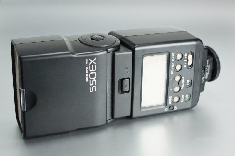 Canon Speedlite 550EX TOP STAV