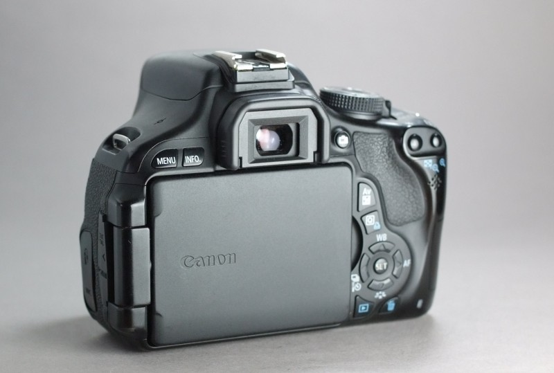 Canon EOS 600D AKCE