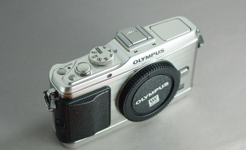 Olympus E-P3  TOP STAV
