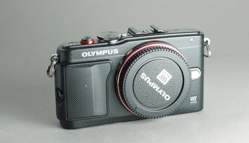Olympus PEN E-PL6 záruka 2017