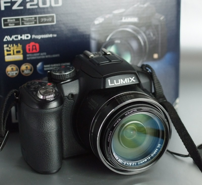 Panasonic DMC-FZ200 SUPER STAV