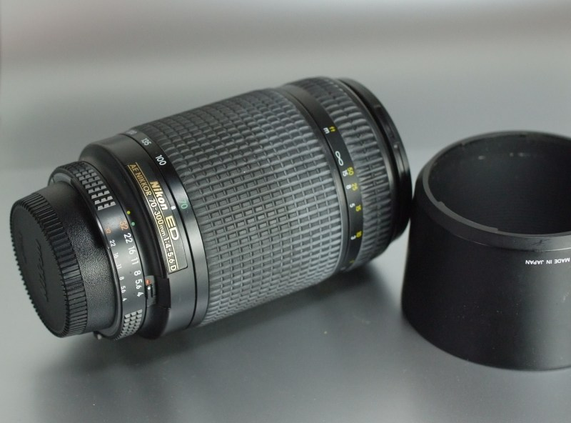 Nikon AF 70-300mm  f4-5.6 ED