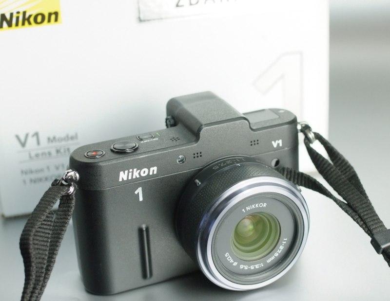 Nikon 1 V1 + 11-27 mm