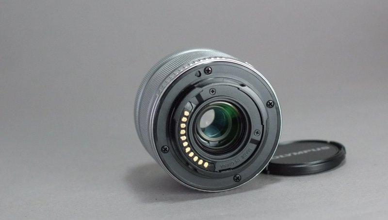 Olympus M. Zuiko Digital ED 14-42 mm II R TOP STAV