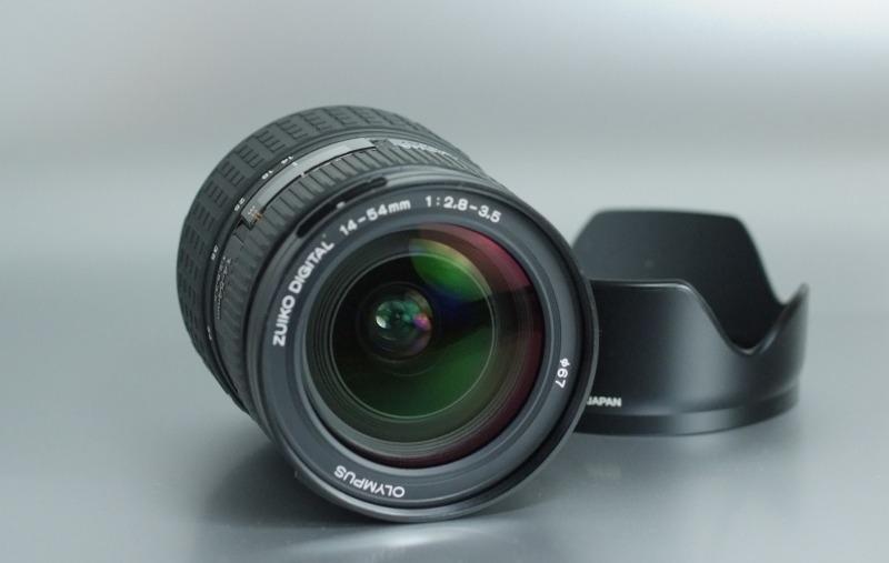 Olympus ZUIKO 14-54mm f/2,8-3,5 TOP STAV