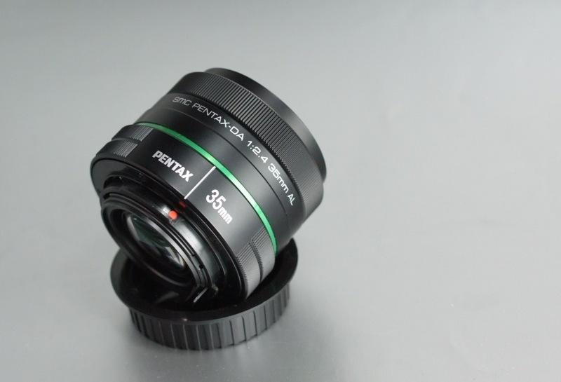 PENTAX 35 mm f/2,4 DA AL záruka 12/2018