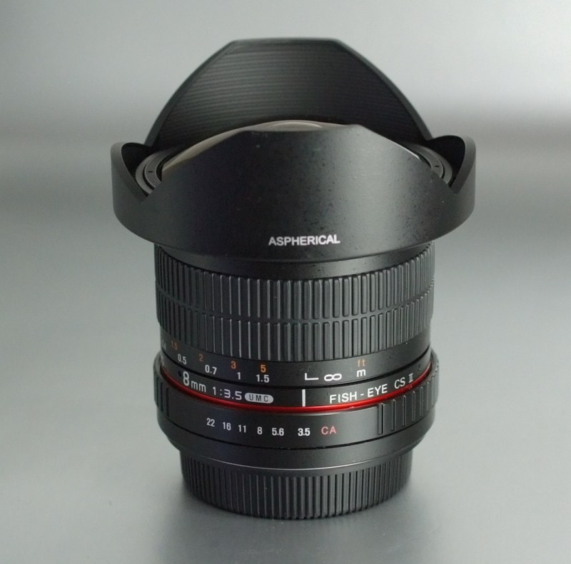 SAMYANG 8 mm f/3,5 UMC Fish-eye CS II pro Canon