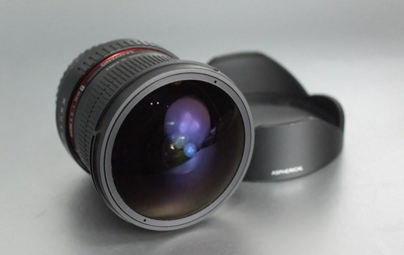 SAMYANG 8 mm f/3,5 UMC Fish-eye CS II pro Canon