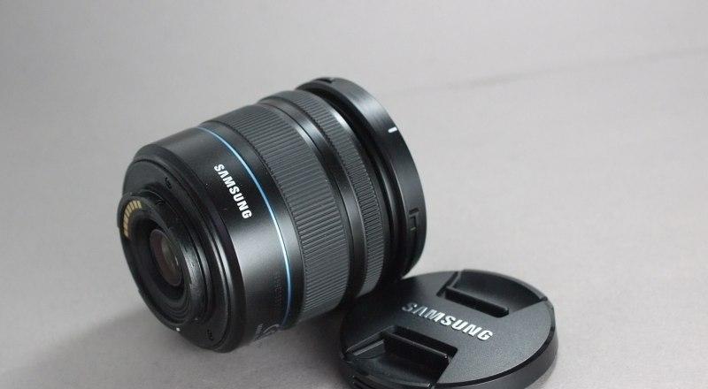 Samsung NX 18-55mm f/3,5-5,6 O.I.S. TOP STAV