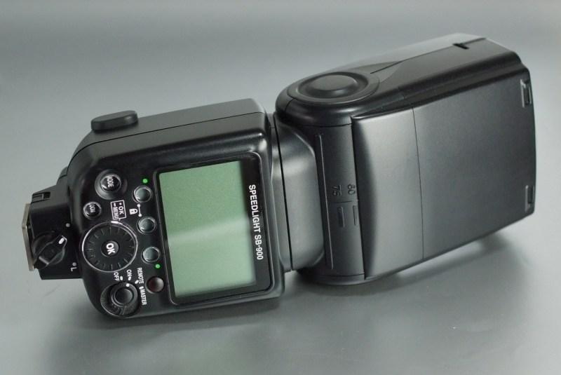 Nikon blesk SB-900