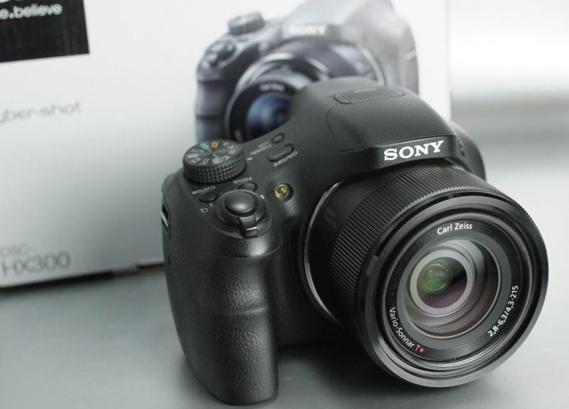 Sony CyberShot DSC-HX300V  TOP STAV