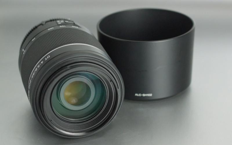 Sony DT 55-200mm f/4-5,6 SAM SUPER STAV