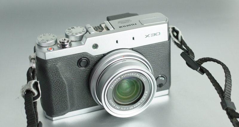 Fujifilm FinePix X30 SUPER STAV