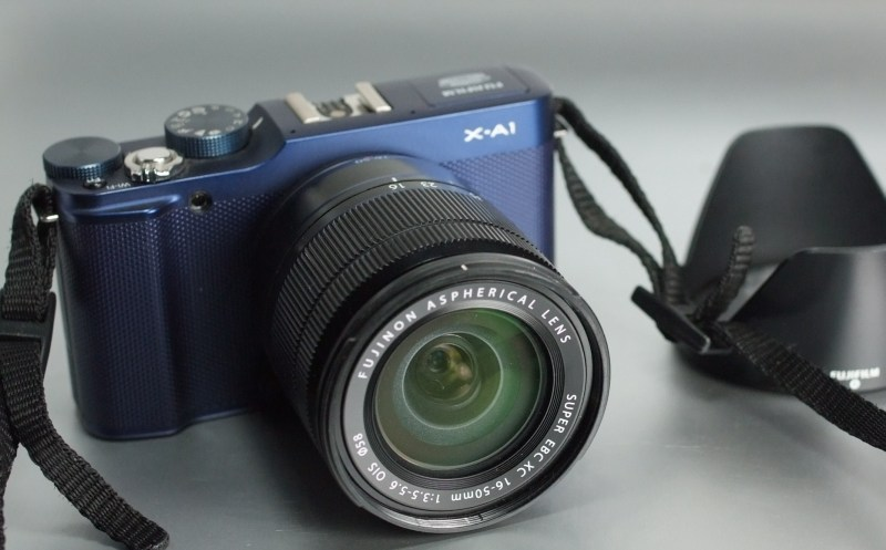 Fujifilm FinePix X-A1 + 16-50mm
