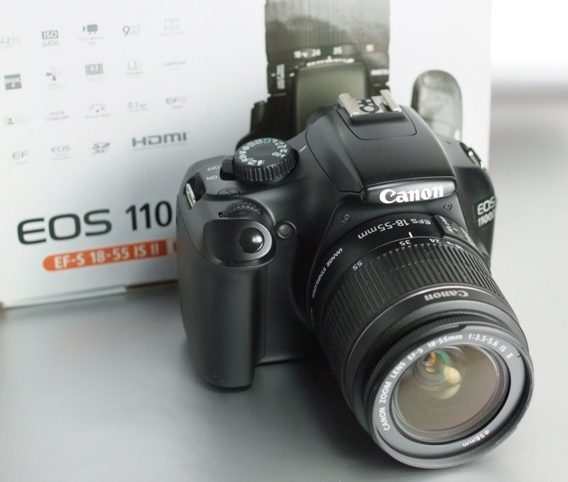 Canon EOS 1100D + 18-55mm IS II SUPER STAV