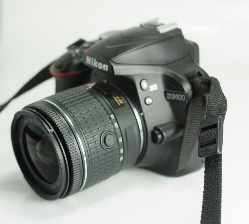 NIKON D3400 + 18-55 mm AF-P TOP STAV