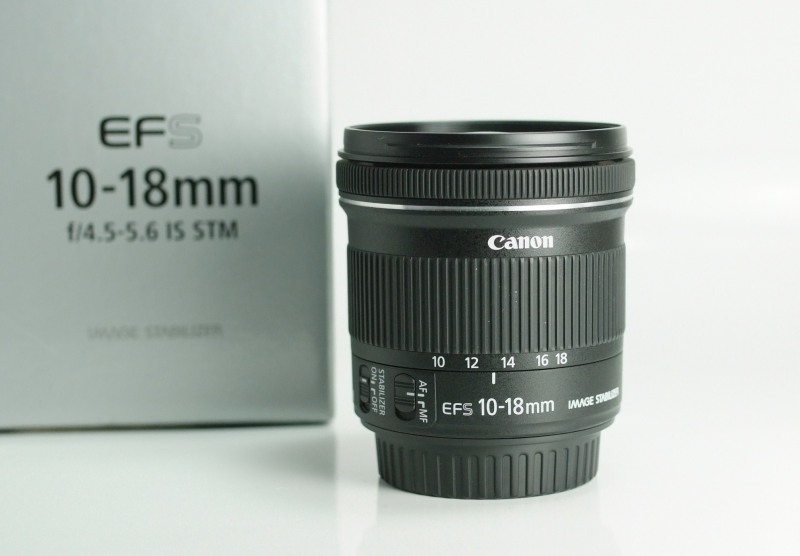Canon EF-S 10-18mm 4.5-5.6 IS STM TOP STAV