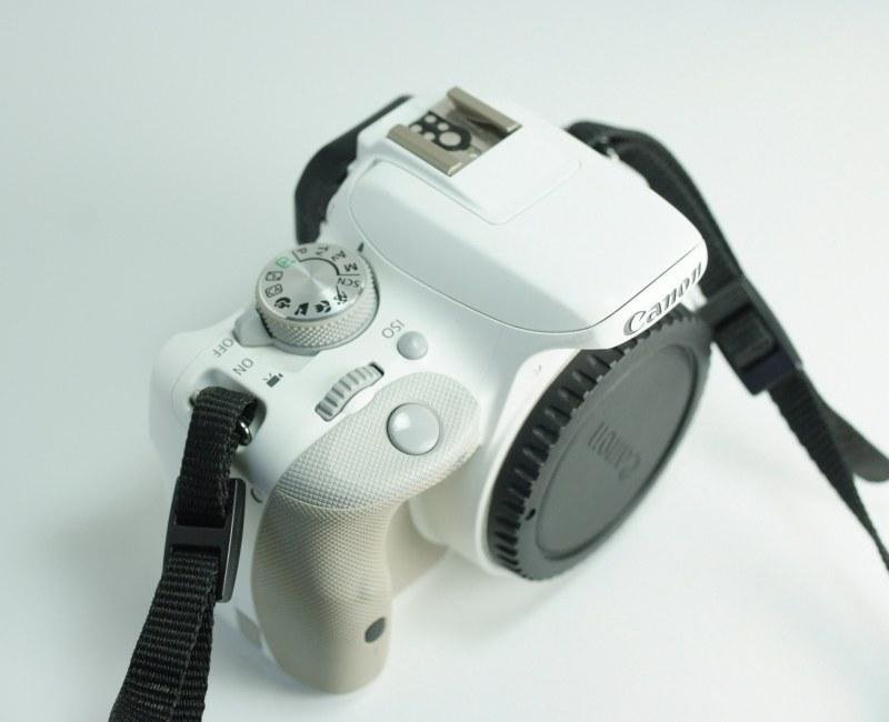 Canon 100D SUPER STAV