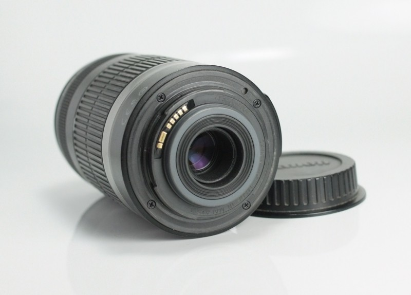 Canon EF-S 55-250mm f/4-5,6 IS