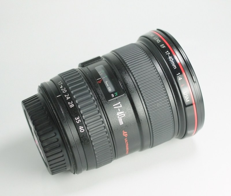 CANON EF 17-40 mm f/4 L USM SUPER STAV