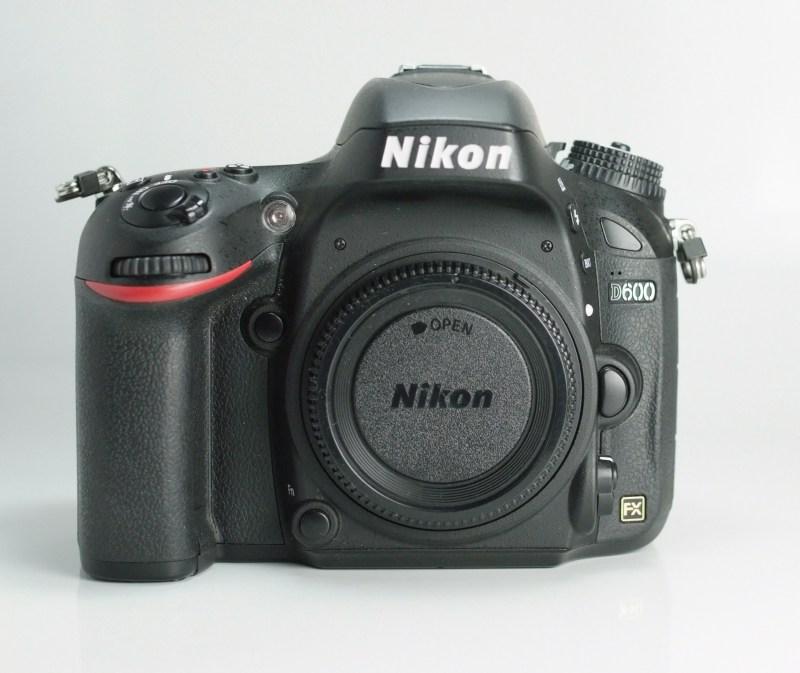 Nikon D600 SUPER STAV