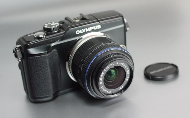 Olympus E-PL2 + 14-42mm SUPER STAV