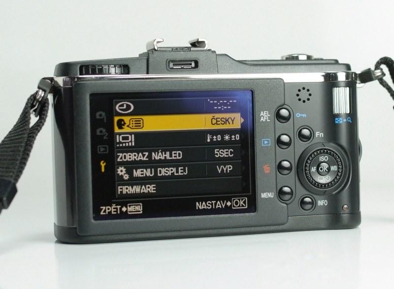 Olympus PEN E-P2 + Olympus 14-42mm TOP STAV