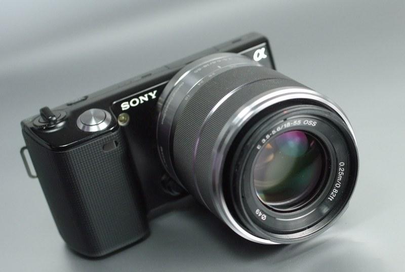 Sony NEX-5 + 18-55 mm