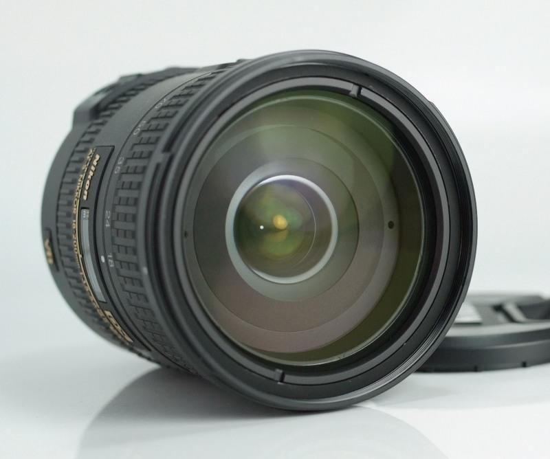 NIKON 18-200 mm f/3,5-5,6 G AF-S DX VR II TOP STAV