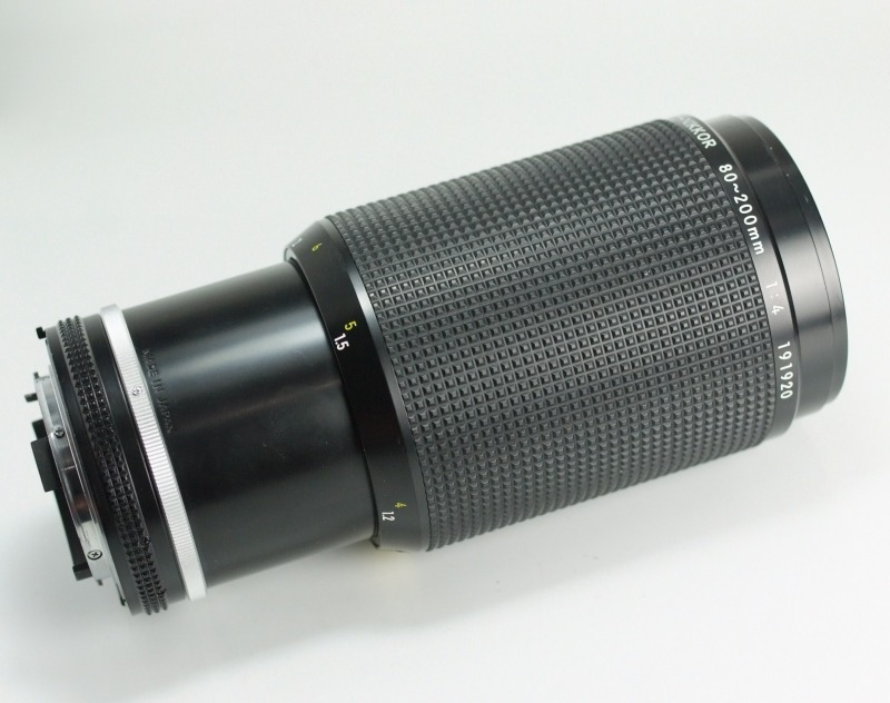 NIKON MF 80-200mm f4 AIS SUPER STAV