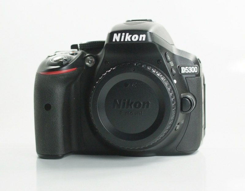 Nikon D5300 TOP STAV záruka 5/2019