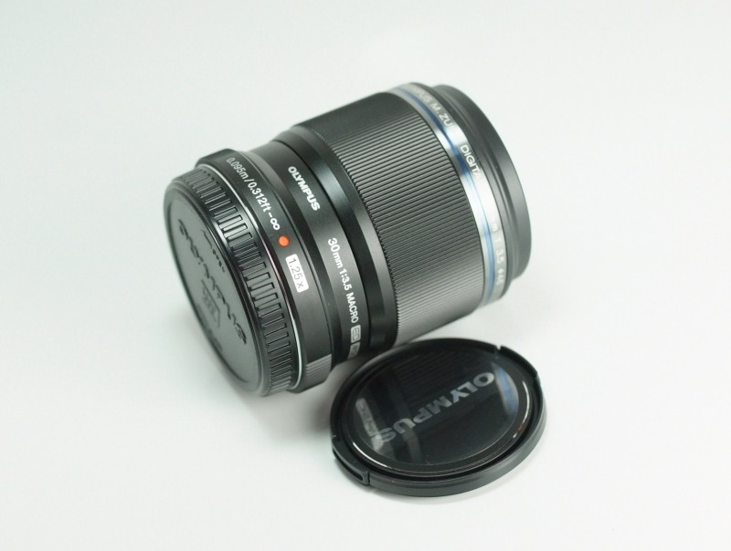 OLYMPUS M.Zuiko 30 mm f/3,5 Macro