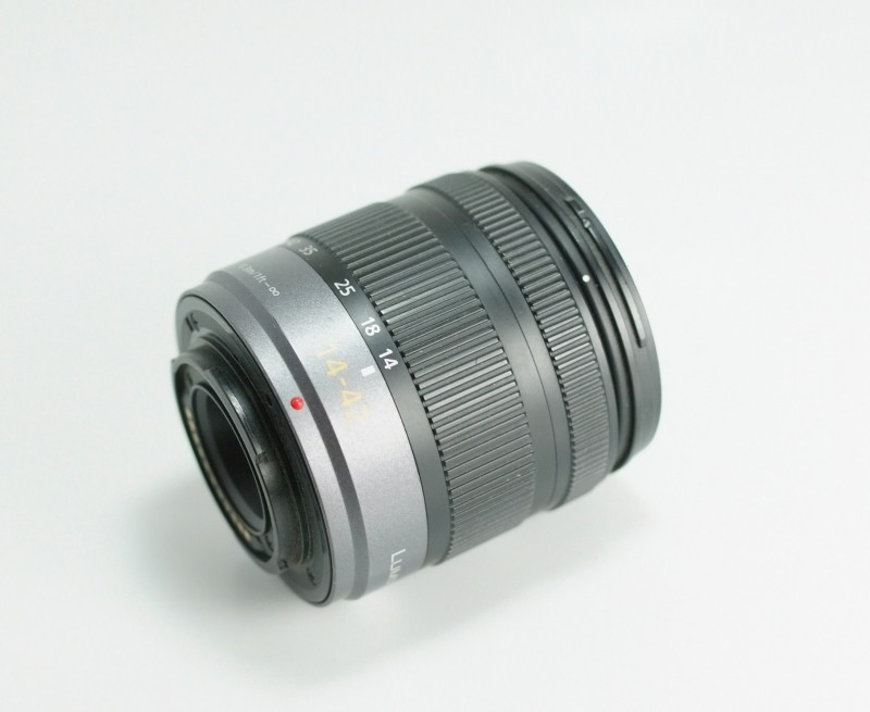PANASONIC 14-42 mm f/3,5-5,6 Mega O.I.S