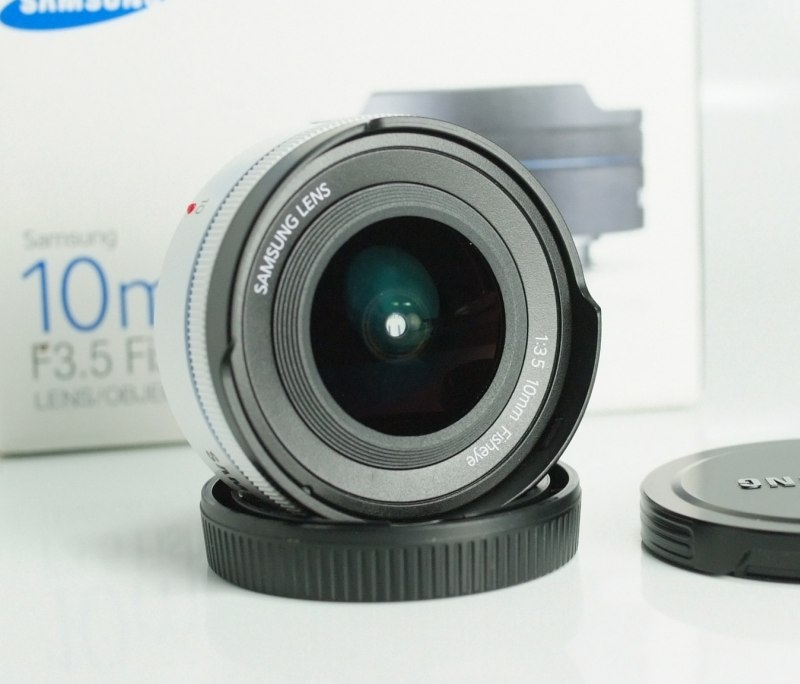 Samsung NX 10mm f/3,5 TOP STAV