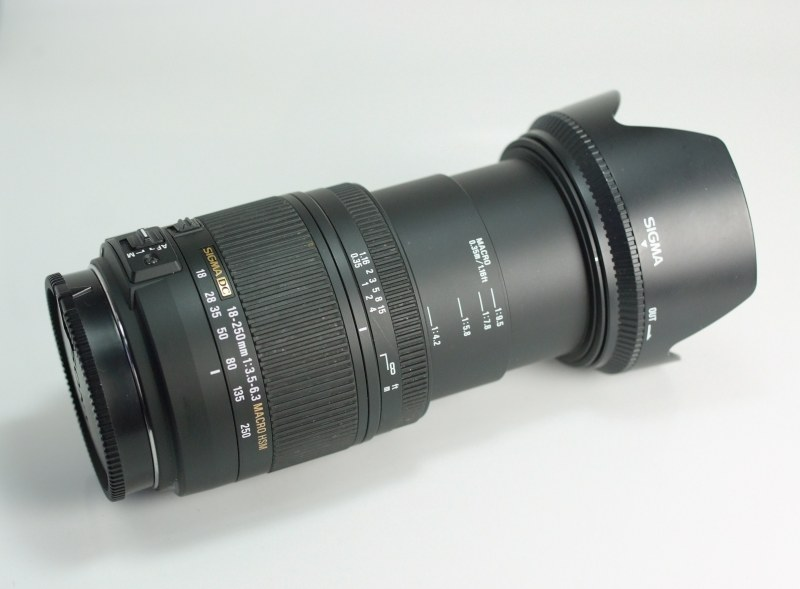 SIGMA 18-250 mm f/3,5-6,3 DC HSM pro Sony A