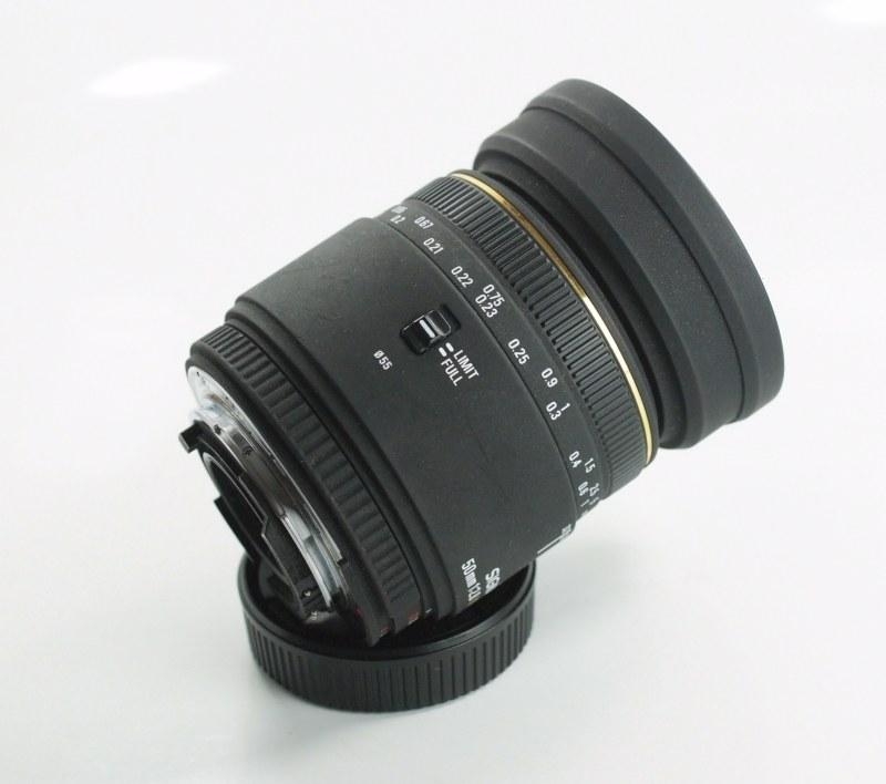 Sigma 50mm f/2.8 EX D MACRO pro NIKON SUPER STAV