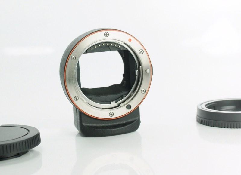 Sony adaptér LA-EA3 TOP STAV