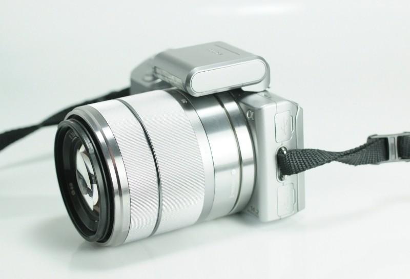 Sony NEX-5 + Sony 18-55mm SEL