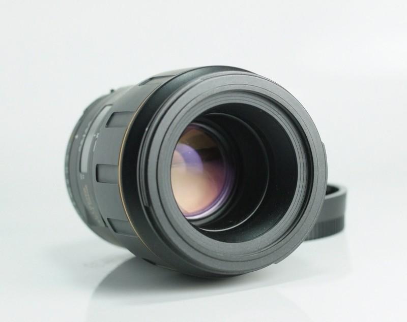 TAMRON 90 mm f/2,8 SP Macro pro NIKON