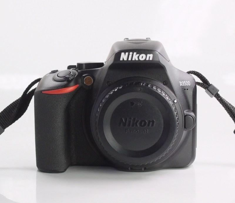 Nikon D3500 TOP STAV záruka 1/2021