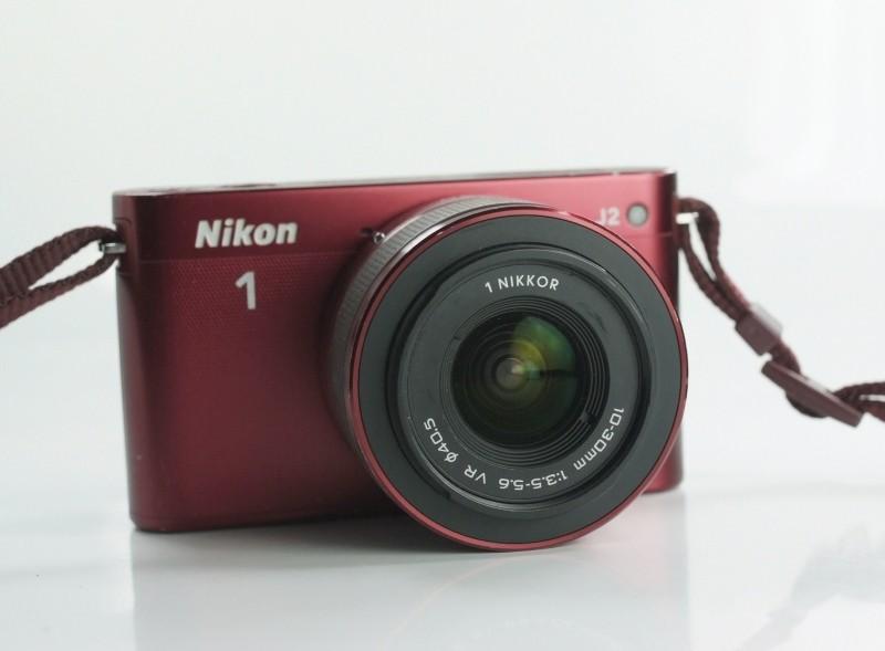 NIKON 1 J2 +  10-30 mm VR